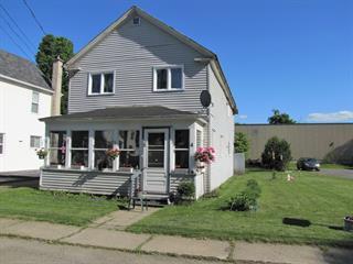 Duplex for sale in Stanstead - Ville, Estrie, 4 - 6, Rue  Stewart, 21567772 - Centris.ca