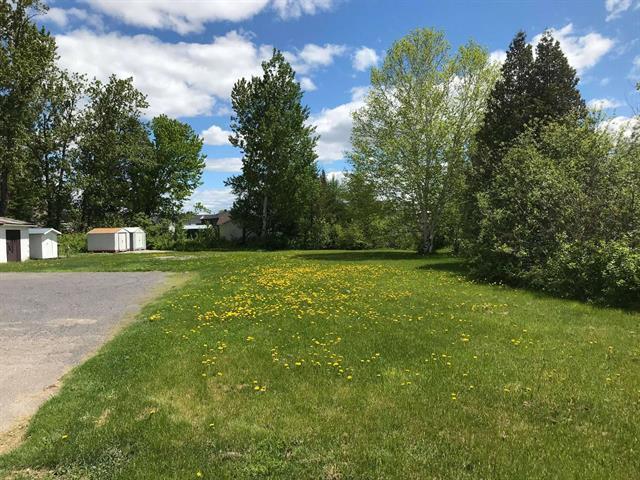 Lot for sale in Saint-Ambroise, Saguenay/Lac-Saint-Jean, 449, Rue  Simard, 14434152 - Centris.ca