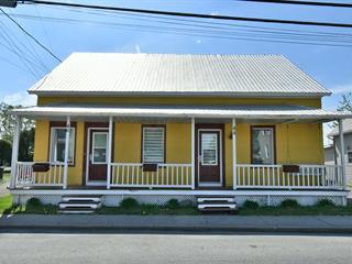 Duplex for sale in Saint-Guillaume, Centre-du-Québec, 44Z - 46Z, Rue  Principale, 21287026 - Centris.ca