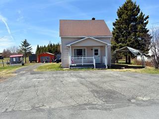 Maison à vendre à Saint-René, Chaudière-Appalaches, 864, Route  Principale, 9971020 - Centris.ca