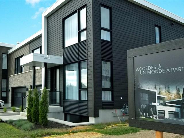 House for sale in Sainte-Julie, Montérégie, 355, Rue  Narbonne, 11019422 - Centris.ca