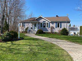 Maison à vendre à Magog, Estrie, 475, Rue  Gosselin, 17103723 - Centris.ca
