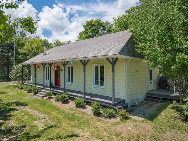 House for sale in Saint-François-de-l'Île-d'Orléans, Capitale-Nationale, 3169, Chemin  Royal, 26400674 - Centris.ca