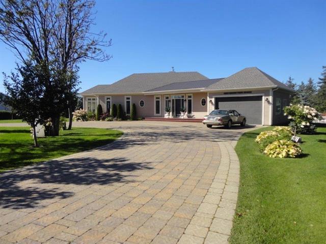Maison à vendre à Matane, Bas-Saint-Laurent, 195, Chemin de la Colline, 10559745 - Centris.ca