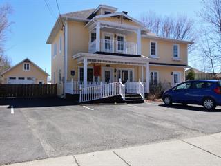 House for sale in Témiscouata-sur-le-Lac, Bas-Saint-Laurent, 72, Rue du Vieux-Chemin, 14017000 - Centris.ca
