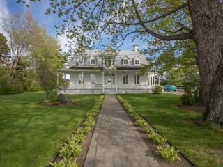 House for sale in Saguenay (Laterrière), Saguenay/Lac-Saint-Jean, 6157, Rue  Notre-Dame, 23237503 - Centris.ca