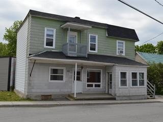 Duplex à vendre à Saint-Stanislas-de-Kostka, Montérégie, 235 - 237, Rue  Principale, 22332552 - Centris.ca