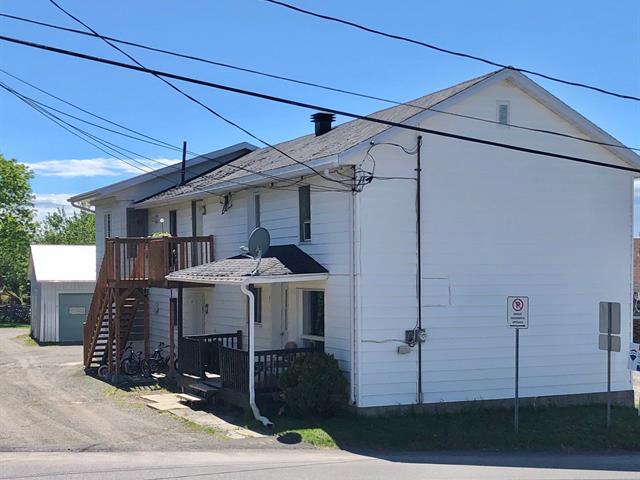 Triplex for sale in Saint-Antonin, Bas-Saint-Laurent, 3 - 7, Route de l'Église, 13584480 - Centris.ca