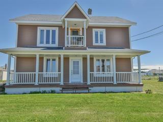 Triplex for sale in Cap-Chat, Gaspésie/Îles-de-la-Madeleine, 134, Rue  Notre-Dame Est, 17271611 - Centris.ca