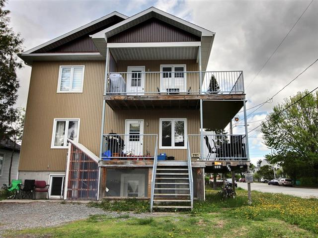 Triplex for sale in Val-d'Or, Abitibi-Témiscamingue, 210 - 214, 10e Rue, 26678197 - Centris.ca