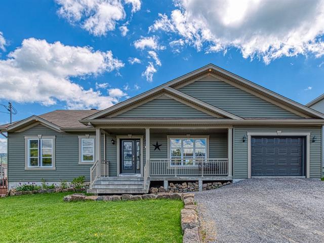 House for sale in Sainte-Brigitte-de-Laval, Capitale-Nationale, 18, Rue  Solidago, 23388643 - Centris.ca