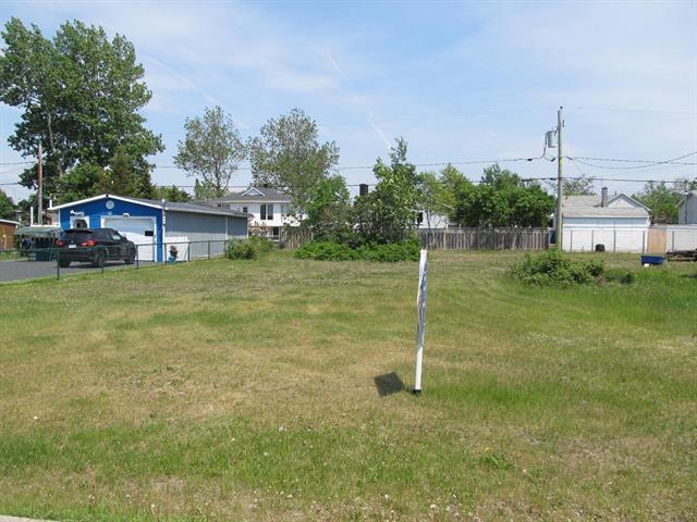 Lot for sale in Sept-Îles, Côte-Nord, 260, Avenue  Évangéline, 23344432 - Centris.ca