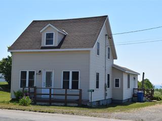 House for sale in Saint-Godefroi, Gaspésie/Îles-de-la-Madeleine, 77, Route  132, 21753348 - Centris.ca