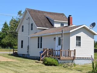 Maison à vendre à Saint-Godefroi, Gaspésie/Îles-de-la-Madeleine, 77, Route  132, 21753348 - Centris.ca