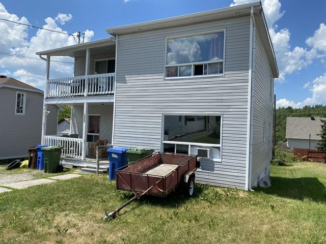 Duplex for sale in Thetford Mines, Chaudière-Appalaches, 3927 - 3929, Rue  Saint-André, 27092493 - Centris.ca