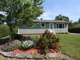 House for sale in Bedford - Ville, Montérégie, 12, Rue  Taylor, 22270356 - Centris.ca