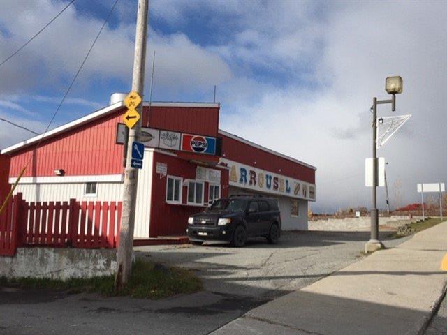 Bâtisse commerciale à vendre à Senneterre - Ville, Abitibi-Témiscamingue, 250, 3e Rue Ouest, 21418424 - Centris.ca