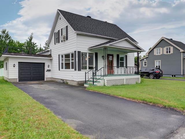 House for sale in Thetford Mines, Chaudière-Appalaches, 722, Rue  Falardeau, 24404260 - Centris.ca