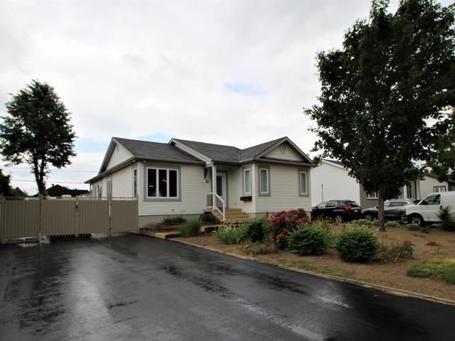 Maison à vendre à Notre-Dame-des-Prairies, Lanaudière, 4, Avenue  Real Mousseau, 28106500 - Centris.ca