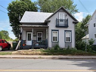 Triplex for sale in Baie-du-Febvre, Centre-du-Québec, 340 - 340B, Rue  Principale, 27231637 - Centris.ca