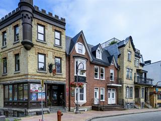 Immeuble à revenus à vendre à Québec (La Cité-Limoilou), Capitale-Nationale, 210 - 224, Rue  Saint-Jean, 17245975 - Centris.ca