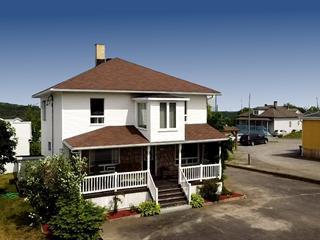 Maison à vendre à Mont-Carmel, Bas-Saint-Laurent, 37, Rue  Notre-Dame, 21986572 - Centris.ca