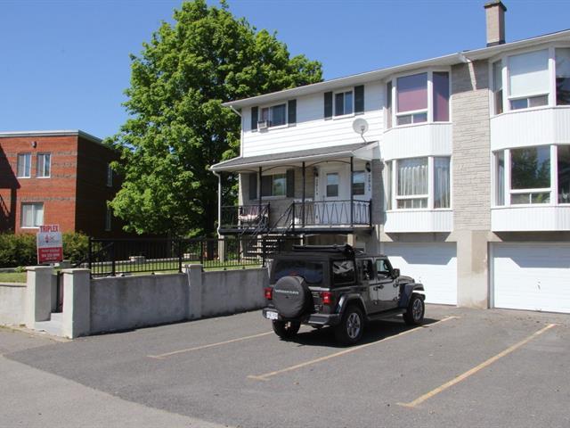 Triplex à vendre à Mont-Saint-Hilaire, Montérégie, 289 - 293, Rue  Radisson, 16784505 - Centris.ca