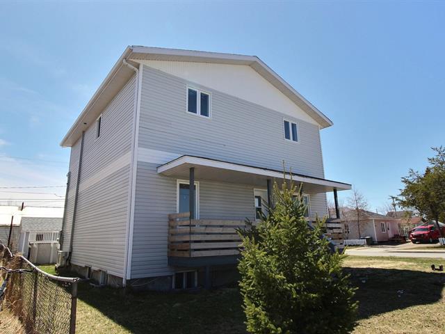 Duplex for sale in Malartic, Abitibi-Témiscamingue, 561 - 563, Rue  Laval, 15089516 - Centris.ca