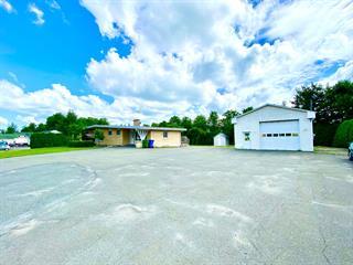 Maison à vendre à Granby, Montérégie, 957, Rue  Dufferin, 12914160 - Centris.ca