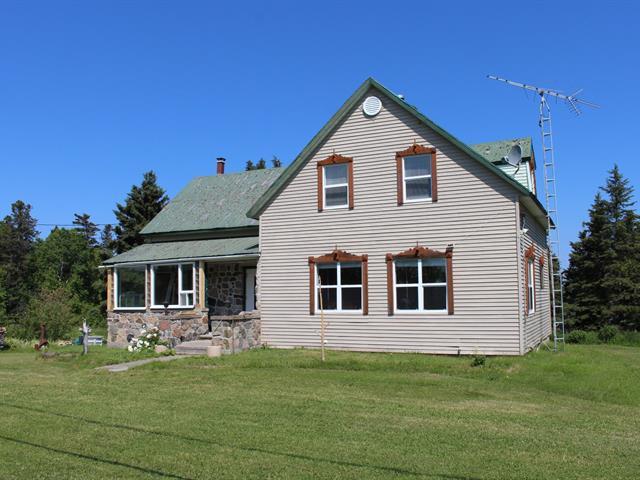 Maison à vendre à Grand-Métis, Bas-Saint-Laurent, 310, Route  132, 26576817 - Centris.ca