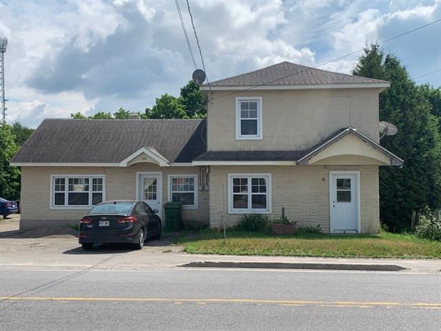 Triplex à vendre à Brownsburg-Chatham, Laurentides, 243 - 249, Route du Canton, 16417444 - Centris.ca