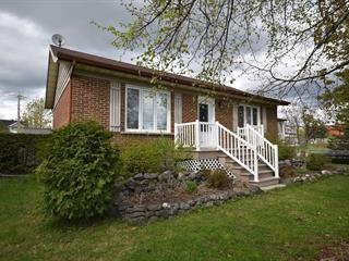 Maison à vendre à Dégelis, Bas-Saint-Laurent, 419, Rue  Raymond, 21640127 - Centris.ca