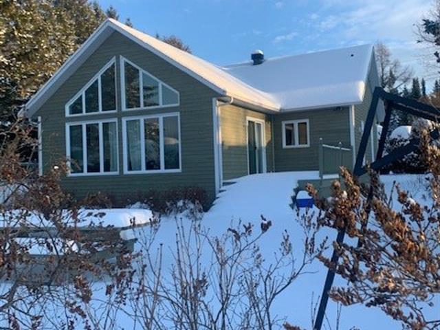 Chalet à vendre à Sainte-Praxède, Chaudière-Appalaches, 4691, Chemin  Thibodeau, 13976000 - Centris.ca