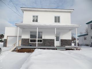 Maison à vendre à Notre-Dame-du-Laus, Laurentides, 136, Rue  Principale, 12532442 - Centris.ca