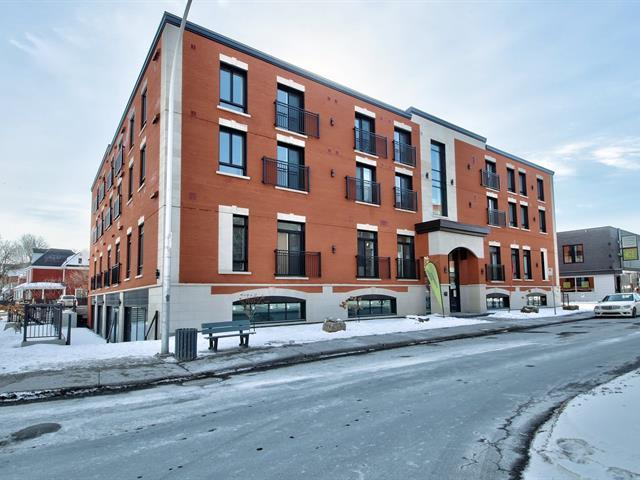 Local commercial à louer à Longueuil (Le Vieux-Longueuil), Montérégie, 460, Rue  Saint-Charles Ouest, local D, 27636195 - Centris.ca