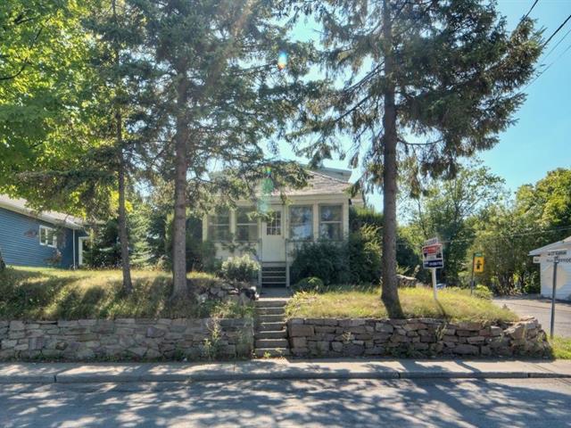 House for rent in L'Île-Perrot, Montérégie, 370, boulevard  Perrot, 26248509 - Centris.ca