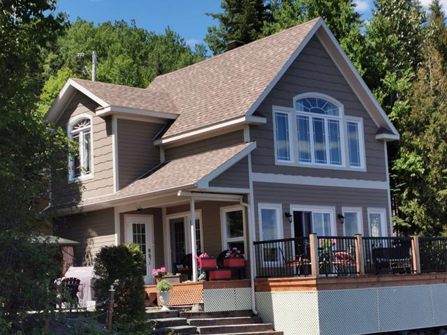Chalet à vendre à Rivière-Bleue, Bas-Saint-Laurent, 27, Rue  Entrée 6, Saint-Joseph N., 17082758 - Centris.ca