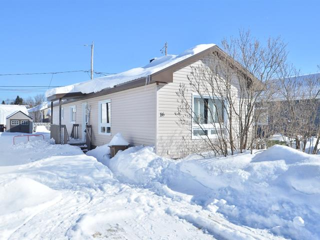Mobile home for sale in Shannon, Capitale-Nationale, 16, Rue  Conway, 22403356 - Centris.ca