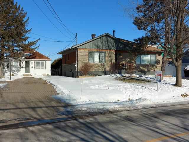 House for sale in Notre-Dame-de-l'Île-Perrot, Montérégie, 2751 - 2753, boulevard  Perrot, 12760386 - Centris.ca