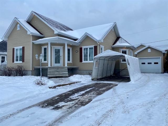 House for sale in Saguenay (Jonquière), Saguenay/Lac-Saint-Jean, 1835, Rue  Murillo, 20221997 - Centris.ca