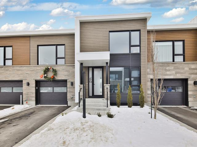 Condominium house for sale in Sainte-Julie, Montérégie, 326, Rue  Narbonne, 17623335 - Centris.ca