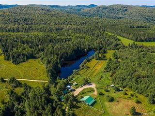 Hobby farm for sale in Arundel, Laurentides, 10Z, Chemin  White, 22160734 - Centris.ca