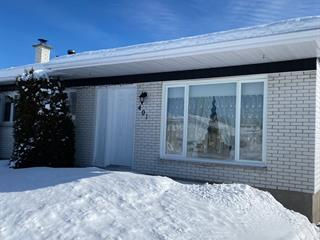 Maison à vendre à Saint-Honoré, Saguenay/Lac-Saint-Jean, 401, Rue  Tremblay, 13742758 - Centris.ca