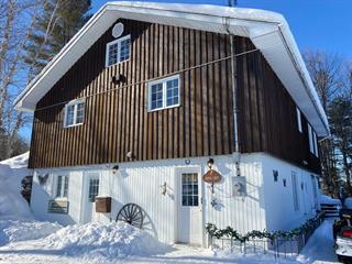 House for sale in Kipawa, Abitibi-Témiscamingue, 3 - 7, Rue  Principale, 25355122 - Centris.ca