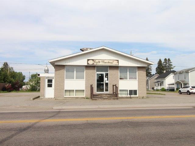 Bâtisse commerciale à vendre à Dolbeau-Mistassini, Saguenay/Lac-Saint-Jean, 45, Rue  De Quen, 26024482 - Centris.ca