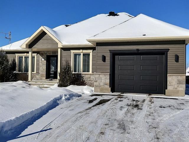 Maison à vendre à Victoriaville, Centre-du-Québec, 34, Rue  Roméo, 20995131 - Centris.ca