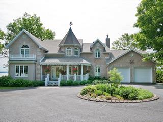 House for sale in Saint-Laurent-de-l'Île-d'Orléans, Capitale-Nationale, 6025, Chemin  Royal, 19330953 - Centris.ca