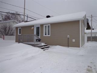Maison à vendre à Baie-Comeau, Côte-Nord, 1791, Rue  Côté, 26965796 - Centris.ca