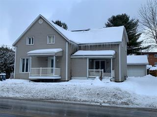 Duplex à vendre à East Angus, Estrie, 118 - 120, Rue  Angus Sud, 17268297 - Centris.ca