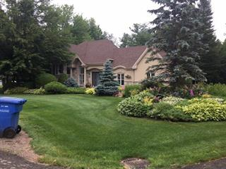 Maison à vendre à Brownsburg-Chatham, Laurentides, 25, Rue  Tracy, 27623330 - Centris.ca